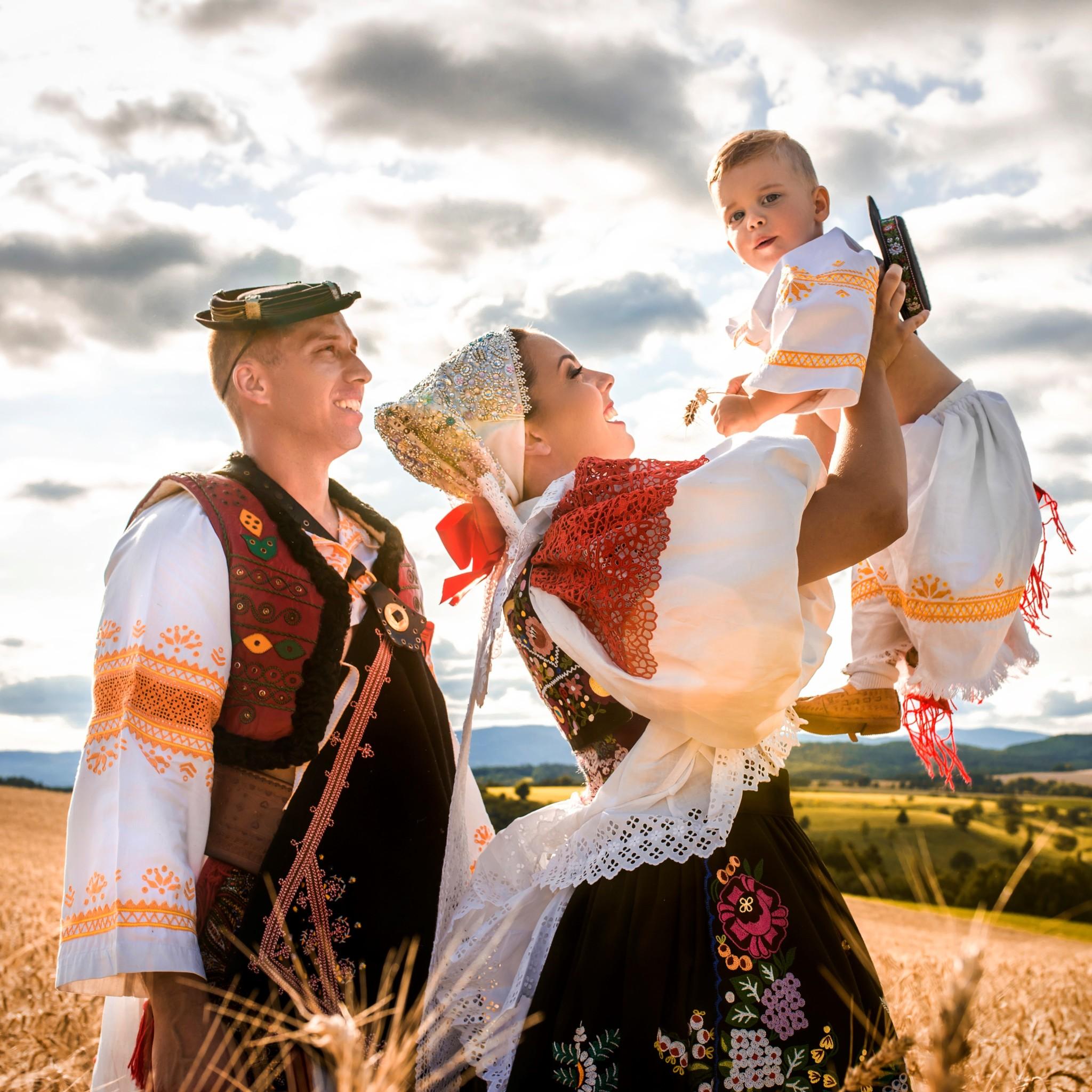 Folklórne rodinné fotografie